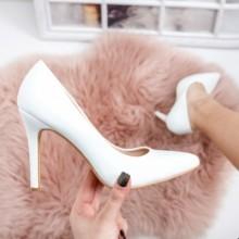 Pantofi Charlotte albi