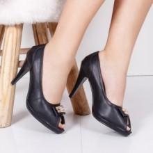 Pantofi Marjorie negri cu toc