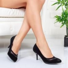 Pantofi Riojas negri cu toc
