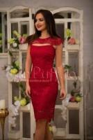 Rochie eleganta midi rosu inchis din dantela brodata