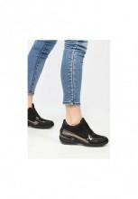 Sneakers cu platforma Spira Negru